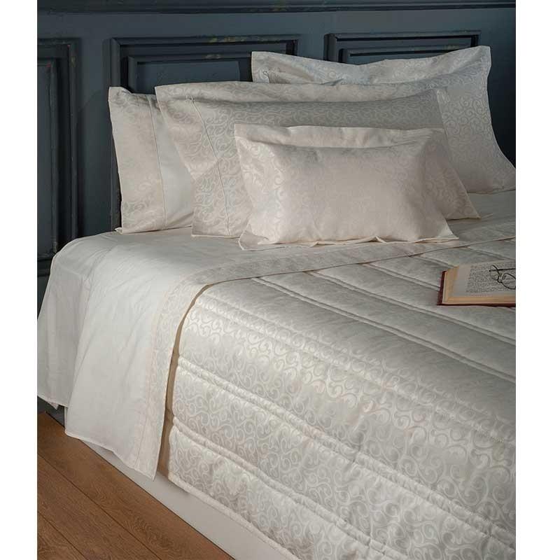 Νυφικό Σετ 7 τμχ Κουβερλι και Σεντόνια (Βαλίτσα) Omega Home Design 102